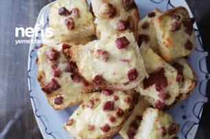 Fırında Yoğurt Soslu Ekmekçikler Tarifi