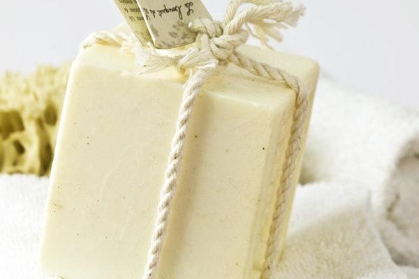 A'dan Z'ye Sabun Yapımı – Çeşitleri, Malzemeleri, Kalıpları ve Süslemesi Tarifi