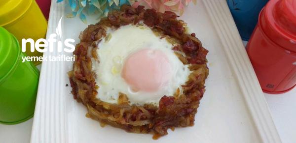 Yumurta-i Hümayun (osmanlı Mutfağı Soğanlı Yumurta)