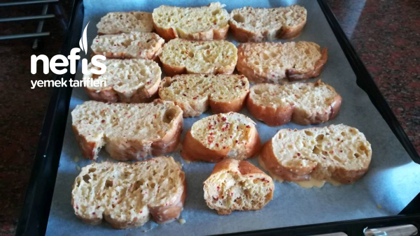 Fırında Yumurtalı Ekmek Kahvaltının Yıldızı Olacak