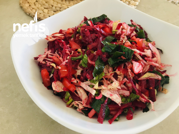 Ispanaklı Pancar Salatası