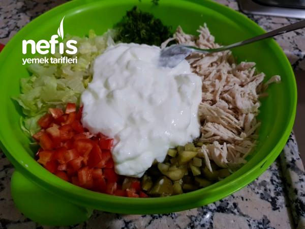 Tavuklu Göbek Salata