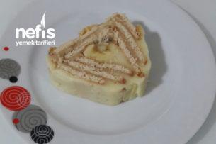 Muz Pudingli Piramit Pasta Tarifi