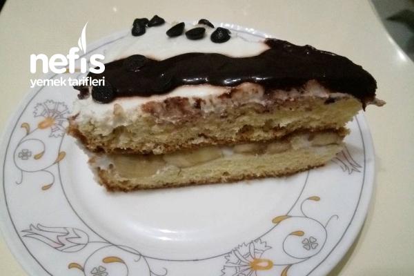 Hazır Kekten Nefis Muzlu Pasta Tarifi