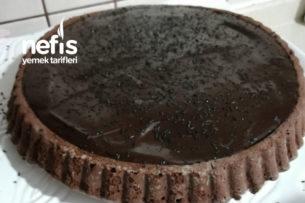 Çikolata Soslu Tart Kek Tarifi