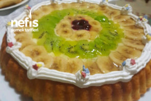 Meyveli Tart Kek (Doğum Günlerine Alternatif Bir Pasta Tarifi)