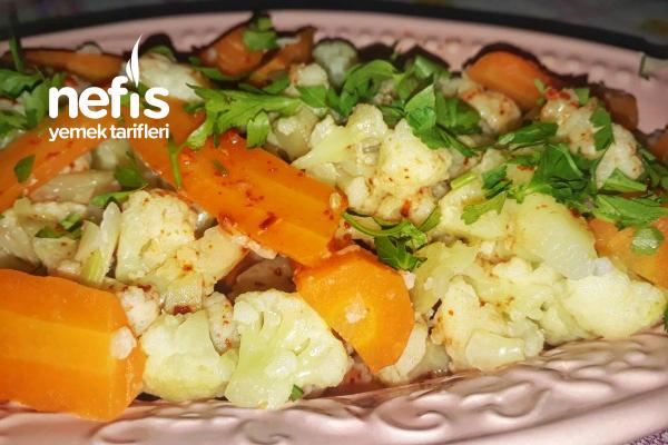 Sarımsak Soslu Karnabahar Havuç Salatası Tarifi