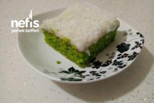 Yeşilin En Güzel Hali (Ispanaklı Yaş Pastam) Tarifi