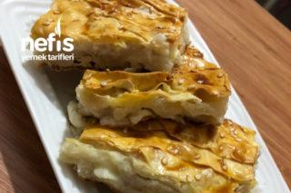 Peynirli Kırpık Börek (Milföy Yufka Ve Sos İle ) Tarifi
