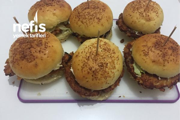 Yumuşacık Ekmekli Ev Hamburgeri Tarifi