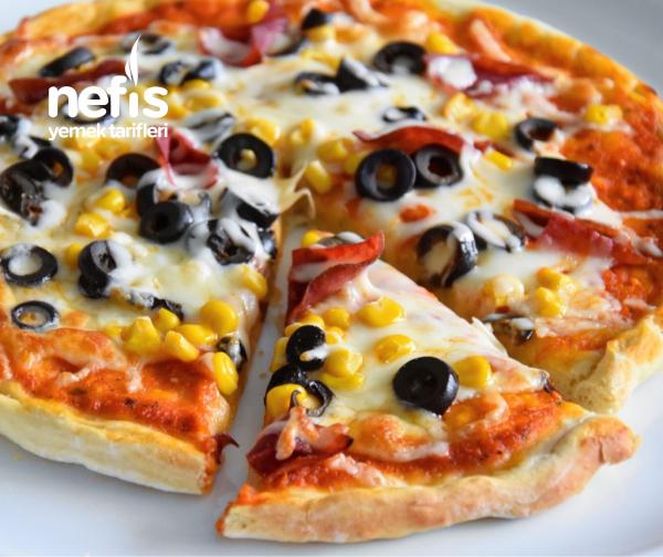 Ev Yapımı Nefis Pizza (video İle)
