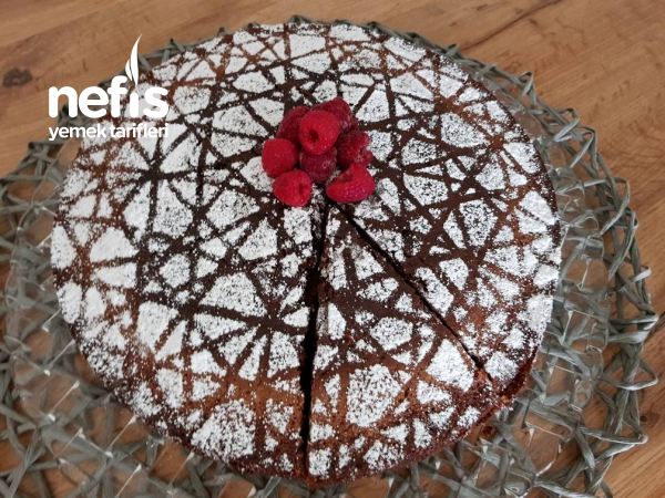 10 Dakikada Hazırlanan Muhteşem Nemli Irmikli Pasta
