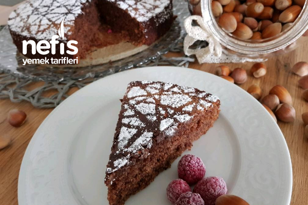 10 Dakikada Hazırlanan Muhteşem Nemli İrmikli Pasta Tarifi