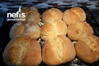 Ev Ekmeği- (4 Yaş Mayayla) Tarifi