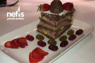Çikolatalı Frambuazlı Yaş Pasta (Schoko Himbeer Torte) Tarifi