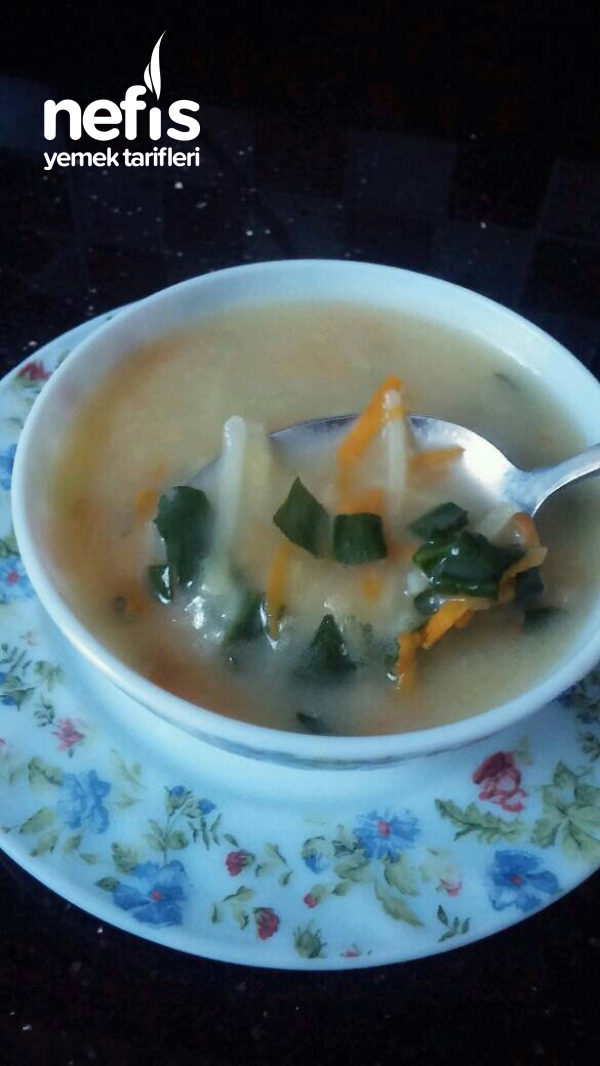 Gökkuşağı Çorbası (Lezzet ve vitamin deposu)