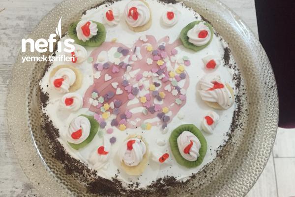 Hazır Kekle Pasta Tarifi