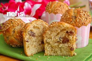 Çok Kabaran Üzümlü Muffin Tarifi (videolu)