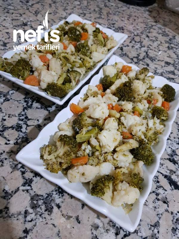 Yoğurtlu Karnıbahar Brokoli Salatası