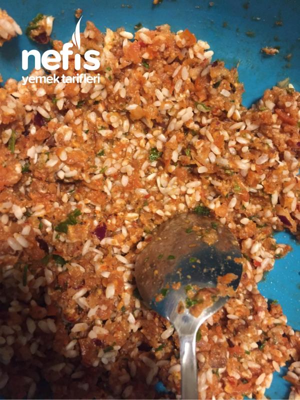 Lahana Sarması Ve Yaprak Sarması (etli-pirinçli)