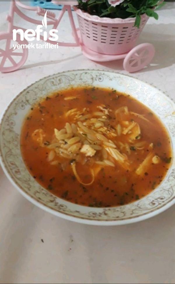 Sebzeli Tavuklu Arpa Çorbası