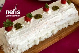 Rulo Pasta (Muzlu Çilekli) Tarifi