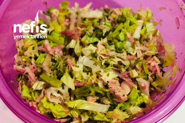 Ton Balıklı Ve Brokoli Salatası Tarifi