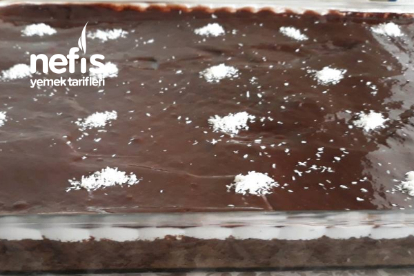 Çikolata Soslu Ağlayan Kek Tarifi