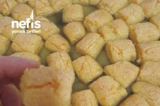Portakal Sulu İrmik Tatlısı Tarifi