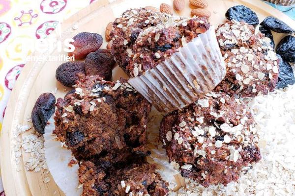 Şekersiz Kuru Meyveli Muffin Tarifi