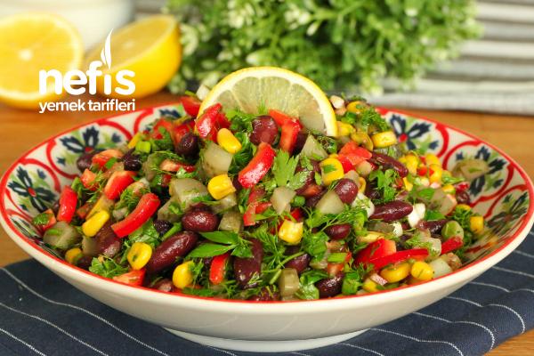 Sadece 5 Dakikada Kırmızı Fasulye Salatası Tarifi