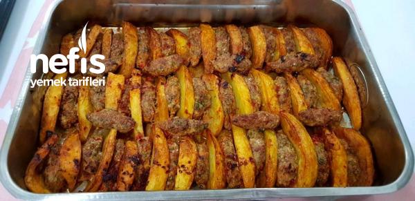 Fırında Tavuk Köfte Patates