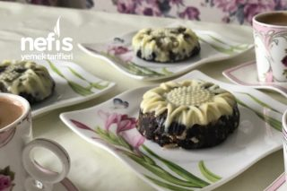Kalıpta Muzlu Mozaik Pasta Tarifi