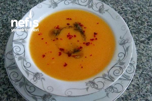 Sebzeli Un Çorbası Tarifi
