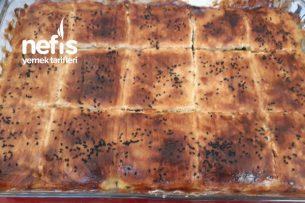 El Açmasından Ispanaklı Börek Tarifi