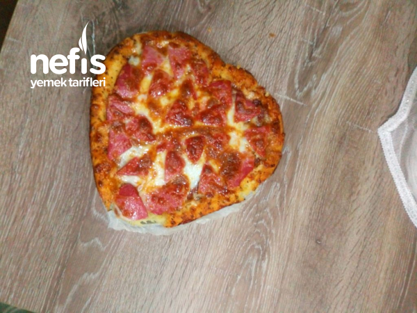 Kalpli Pizza (sevgililer Gününe Özel)