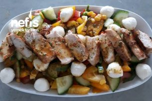 Tavuk Göğüslü Salata Tarifi