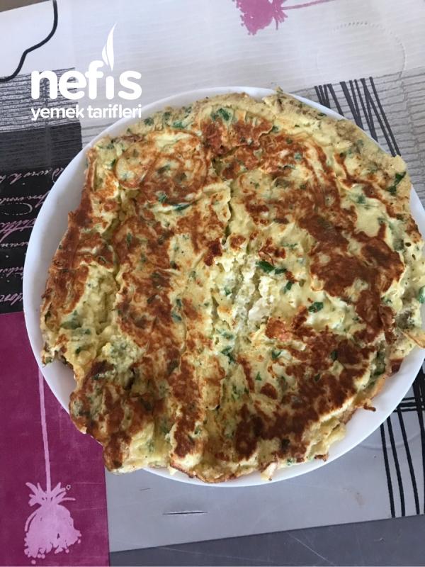 Kahvaltıya Börek Tatında Omlet