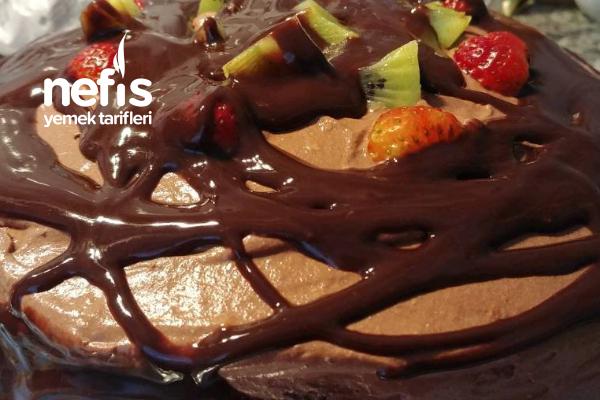Kara Aşk Pastam  Kakaolu Bol Çikolatalı Yaş Pasta Tarifi