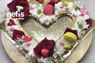 Kalp Kurabiye Pasta Tarifi
