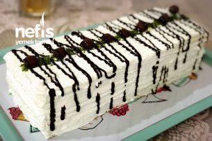 Sadece 9 Dakikada Yapılan Kekiyle Baton Pasta Tarifi