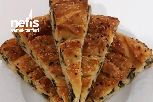 Ispanaklı Börek ( Ispanağın En Güzel Hali) Tarifi
