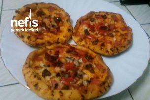Kolay Mini Pizza Tarifi