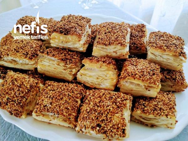 Simit Tadında Milföy Börek