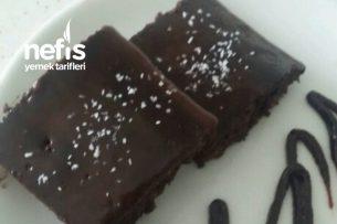 Islakmı Islak Browni Tadında Kek Tarifi