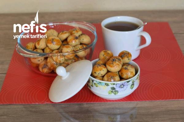 Teremyağlı Çörek Otlu Fındık Kurabiye