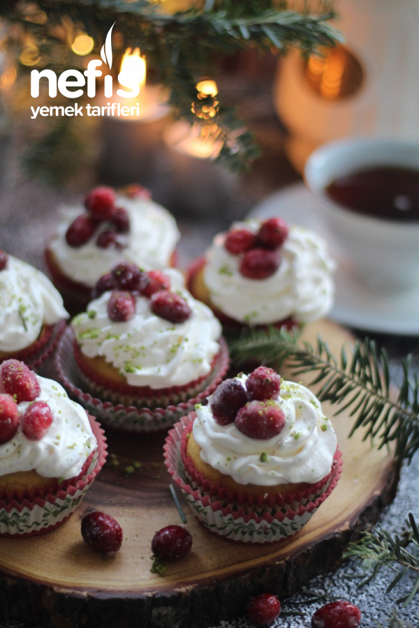 Turna Yemişli Hindistan Cevizli Muffin( Cranberry Cupcake)
