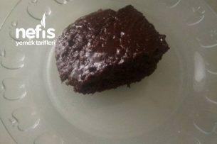Bol Soslu Islak Kek (Resimli Anlatım) Tarifi