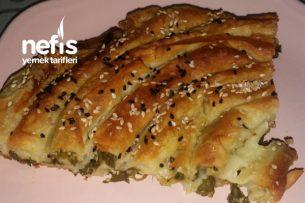 Teramyağlı Ispanaklı Peynirli Börek Tarifi