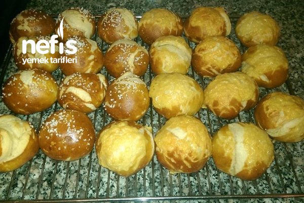 Teremyağlı Kaşarlı Patatesli Çörekler Tarifi